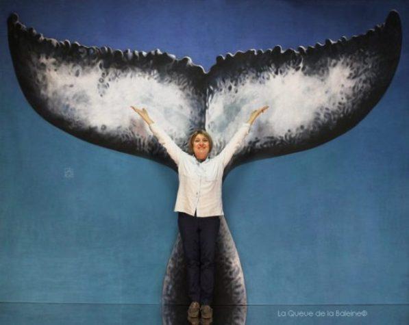 390 Agnès Lacroix à l'atelier à Montreuil devantLa Queue de la Baleine