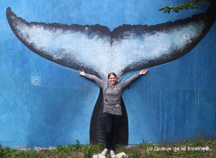 10 Aurélie Hector au 91 à Bagnolet devant La Queue de la Baleine.