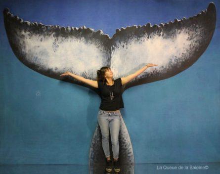 260 Pauline Egrix à l'atelier à Montreuil devant La Queue de la Baleine.