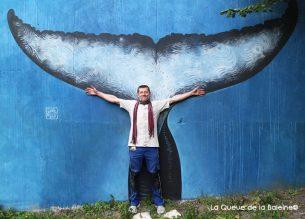 9 Ivan Smlatic au 91 à Bagnolet devant La Queue de la Baleine.