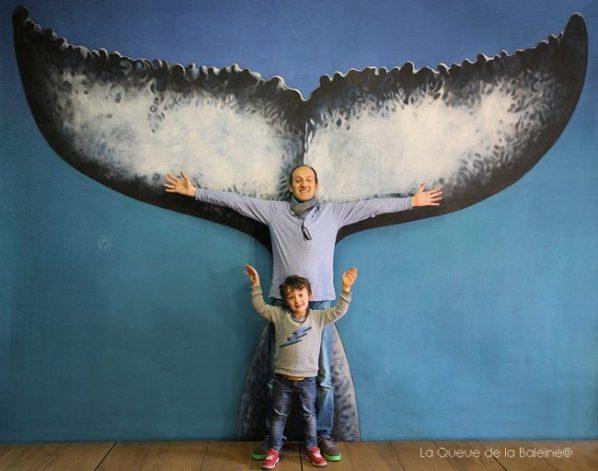 Etienne et Lorenzo Ruzé devant La Queue de la Baleine.