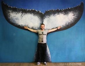 Markus Loisel devant La Queue de la Baleine.