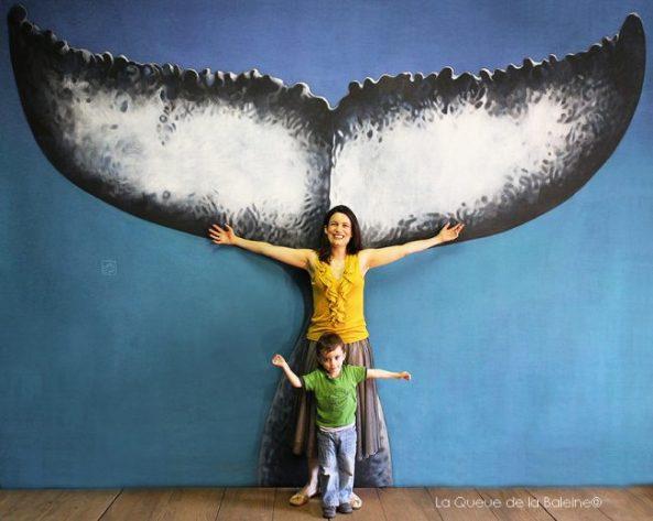 Dorothée Toulemonde devant La Queue de la Baleine.