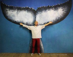 François Rébufat à l'atelier devant La Queue de la Baleine