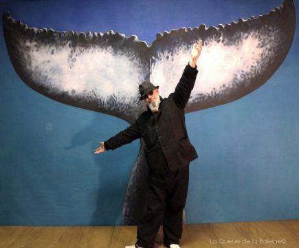 Fabulosfab à l'atelier devant La Queue de la Baleine