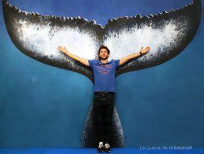 Guillaume Néry, champion du monde d'apnée, devant La Queue de la Baleine au FMISM à Marseille