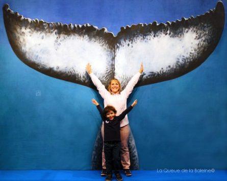 Pascale Vinas devant La Queue de la Baleine au FMISM à Marseille