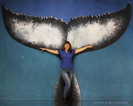 Véronique Würmli-Baudot avec La queue de la Baleine en hommage à la nature.