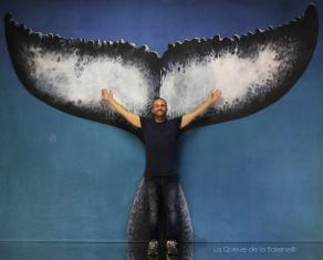 Alessio Bani avec La Queue de la Baleine en hommage à la nature.