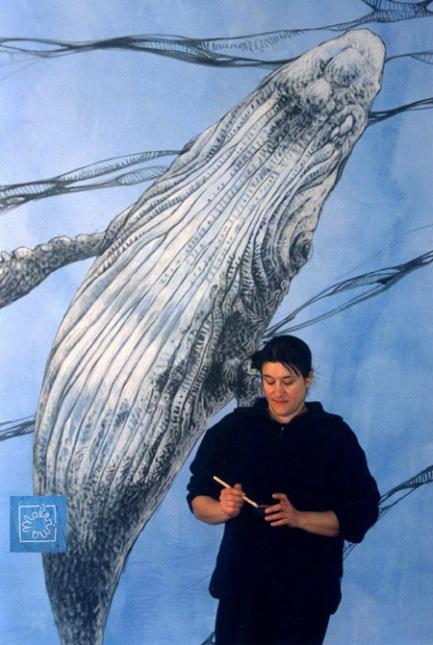 Malvina peint à l'atelier